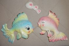 VINTAGE NORCREST CERAMIC KISSING FISH WALL PLAQUES WITH HEART BUBBLES