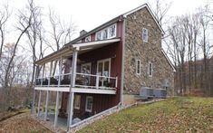 Modular homes--Virginia–based home-building and remodeling firm Jakobsen & Bowe and cost about $400,000.