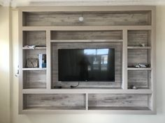 Living Room With Tv Decor Built Ins Ideas - Wohnzimmer - entertainment Living Room Built Ins, New Living Room, Tv Wall Ideas Living Room, Tv On The Wall Ideas, Small Living, Tv Wanddekor, Wood Furniture Living Room, Wooden Furniture, Furniture Layout