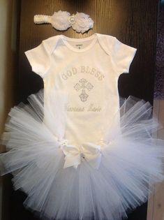 Baby Girl Christening Tutu Outfit personalized embroidered Onesuit white tutu skirt/ white rosette pearl and rhinestone from LittleGraceBowtique on Etsy. Schwangerschaft Ankündigung an Ehemann Familien