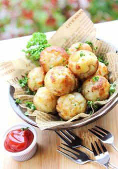 Takoyaki Pan, Tasty, Yummy Food, Dumplings, Potato Salad, Sushi, Food And Drink, Asian, Cooking