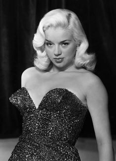 Diana Dors, the blonde bombshell Diana Dors, Golden Age Of Hollywood, Vintage Hollywood, Hollywood Glamour, Classic Hollywood, Hollywood Divas, Hollywood Actresses, Hollywood Style, Windsor