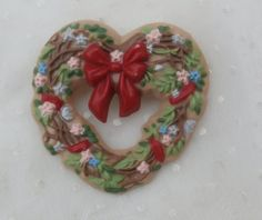 Heart Shaped Twiggy Wreath Vintage Hallmark Brooch Pin