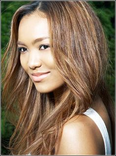 J-pop singer Crystal Kay- Half Zanichi (Korean Japanese) and half African American. Black Is Beautiful, Beautiful People, Beautiful Women, Mixed Race Girls, Mixed Girl Hairstyles, Beauty Around The World, Natural Curls, African Beauty, Interesting Faces
