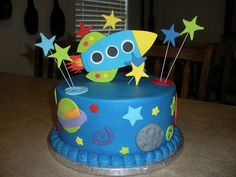 Robot and Rocket cake Rocket Ship Cakes, Rocket Cake, Boy Birthday, Birthday Parties, Birthday Cakes, Birthday Ideas, Space Crafts For Kids, Space Preschool, Space Baby Shower
