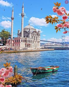 How beautiful is Istanbul? ❤️ Tag someone you'd like to travel here with 👇 Photos by - Istanbul Best of Istanbul, Turkey Visit Istanbul, Istanbul City, Istanbul Travel, Beautiful Places To Visit, Cool Places To Visit, Wonderful Places, Hagia Sophia, Destination Voyage, Turkey Travel