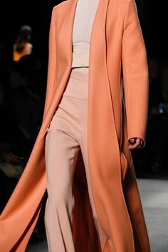 Narciso Rodriguez Fall 2015 Ready-to-Wear Fashion Show l @friendofaudrey