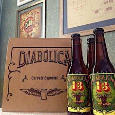 Cerveja Diabólica 13, estilo German Pilsner, produzida por Gaudenbier Cervejaria, Brasil. 4.4% ABV de álcool.
