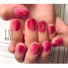 ◽◻️◽◻️◽ #nail#art#nailart#ネイル#ネイルアート #red#nuance#aurora#シンプルネイル#ショートネイル#nailsalon#ネイルサロン#表参道#red111#シンプル111