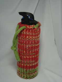 Loom knitted water bottle bag