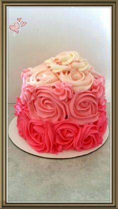 Ombre buttercream smash cake.