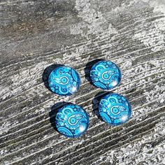 Check out this item in my Etsy shop https://www.etsy.com/listing/551041528/12mm-blue-paisley-glass-cabochon