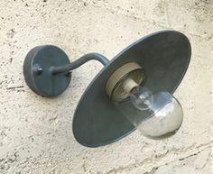Franse zinken industriële schotellamp wandlamp buitenlamp   Laatste aankopen (nog niet gerubriceerd)   Provence Brocante Provence, Home, Corning Glass, Ad Home, Homes, Haus, Aix En Provence, Houses