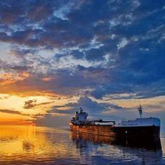 Duluth Minnesota ♥ ship - ore boat at sunset