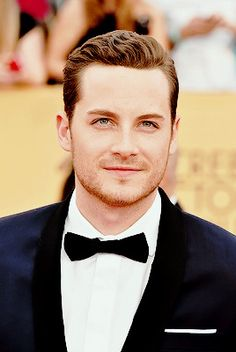 Jesse Lee Soffer at the Annual Screen Actors Guild Awards So handsome! Nbc Chicago Pd, Chicago Shows, Chicago Med, Chicago Fire, Pretty Men, Gorgeous Men, Jay Halstead, Jesse Lee, Guys Be Like