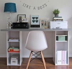 This IKEA hack desk is such an easy DIY for a home office! It's got storage too. If you need a workspace try this ikea office idea! Ikea Linnmon, Hacks Ikea, Desk Hacks, Hacks Diy, Ikea Hack Desk, Ikea Kids Desk, Ikea Dorm, Ikea Nightstand, Diy Home Decor