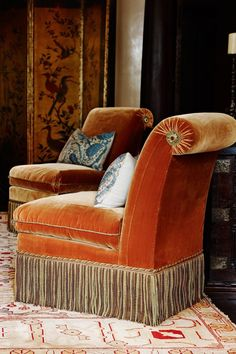 Empathetic tackled diy shabby chic home decor Speak to A Representative Slipper Chairs, Traditional Interior, Shabby Chic Homes, Cheap Home Decor, Decoration, Interior Inspiration, Decorating Your Home, Decor Styles, Upholstery