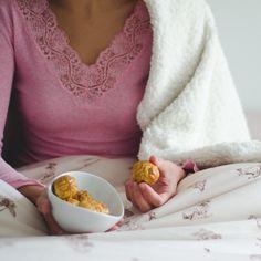Receta infalible para superar este LUNES: dulces panellets y suave SISOMDOS en www.sisomdos.com!  Cumpliendo los pasos que nosotros seguimos para conseguir los mejores resultados en esta VIDA:  EAT HEALTHY, SLEEP WELL, BREATHE DEEPLY, ENJOY LIFE.  http://sisomdos.com/collections/fundas-nordicas