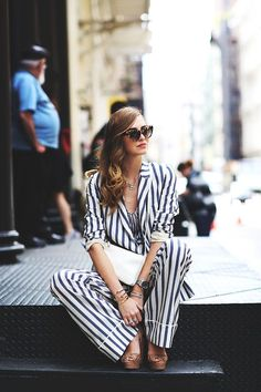 Stripes /// good vibes only / street style suit