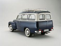 SECRETFORTS: Classic: Volvo PV 445 Duett.