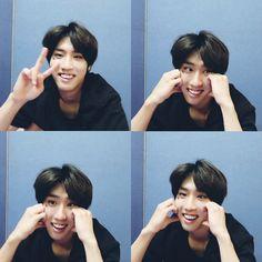 Kids Icon, Baby Squirrel, Jaebum Got7, My Heart Hurts, Looking For People, Kid Memes, Crazy Kids, Kids Wallpaper, My Little Baby