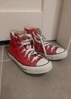 Kup mój przedmiot na #vintedpl http://www.vinted.pl/damskie-obuwie/obuwie-sportowe/15326468-czerwone-converse-conversy-37