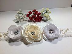 * Brau elegant cu trandafiri, perle de cultura , stamine / brau mireasa / cordon mireasa / cordon elegant *