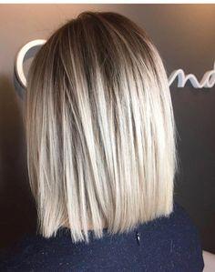 63 Best Short Straight Hair Ideas for 2019 - Ombre haar Blonde Balayage Bob, Balayage Straight Hair, Blonde Ombre, Ash Blonde, Black Ombre, Short Blonde, Blonde Color, Balyage Bob, Medium Blonde Bob