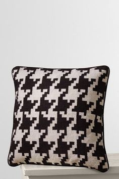 Houndstooth Needlepoint Decorative Pillow Cover