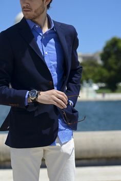 Navy Blazer, White Pants | Men's Fashion | Menswear | Men's Outfit for Spring/Summer | Smart Casual | Moda Masculina para Primavera/Verano | Shop at designerclothingfans.com