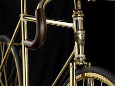 24k gold swarovski diamond encrusted aurumania track bike fixed gear bicycle