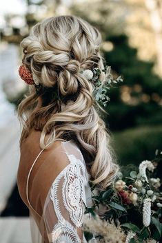 winter wedding hair Boho bridal braid for Boho Winter Wedding Styled Shoot by Riley Gardner Photography featured on Nashville Bride Guide Wedding Hairstyles Half Up Half Down, Wedding Hairstyles For Long Hair, Down Hairstyles, Half Up Half Down Bridal Hair, Bride Hairstyles With Veil, Half Braided Hairstyles, Side Swept Hairstyles, Wedding Hair Side, Long Hair Wedding Styles