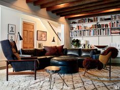 """""""Design Junkie"""" Julianne Moore On Why She Flipped Her NYC Townhouse's Floor Plan — Architectural Digest"""