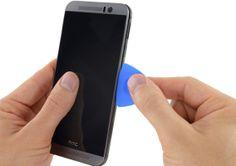 iFixit desmonta el HTC One M9 y asegura la alta dificultad de reparación