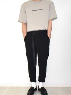 こんばんは なんともいえない夏コーデですww このTシャツお気に入り 夏はやっぱりスニーカー