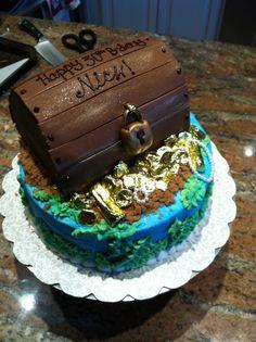 Treasure Chest cake!