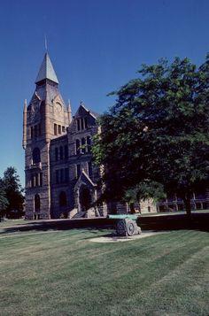 Galesburg Historic District in Knox County, Illinois. (scheduled via http://www.tailwindapp.com?utm_source=pinterest&utm_medium=twpin&utm_content=post33079542&utm_campaign=scheduler_attribution)
