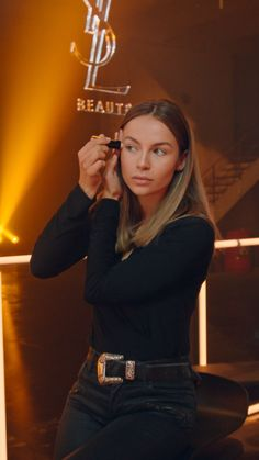 Discover NEW YSL Beauty Touche Éclat High Cover with Emma Louise Connolly, a radiant concealer for dark circles and uneven skin tones. Source by beauty aesthetic clothes Ysl Beauty, Beauty Makeup, Hair Beauty, Boar Hair Brush, Concealer For Dark Circles, Beauty Studio, Uneven Skin Tone, Aesthetic Clothes, Aesthetic Videos