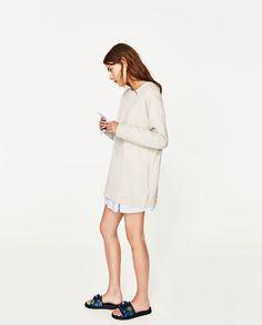Image 3 of EXTRA LARGE SWEATSHIRT from Zara