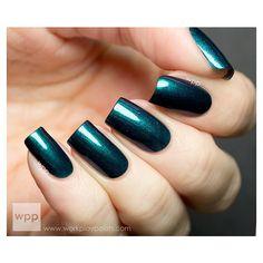 30% OFF! Northern Lights - Blue Duochrome Nail Polish ($7) ❤ liked on Polyvore featuring beauty products, nail care, nail polish, nails, makeup and shiny nail polish