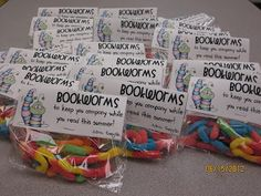 New Adventures in The next Grade: Adorable end of the year gift--Bookworms!