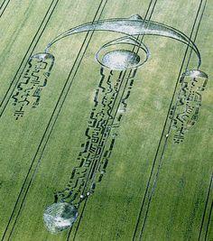 Un message extraterrestre dans le crop-circle de Southfield Wiltshire ?
