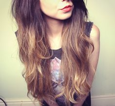 Zoella i want her hair! Zoella Hair, Zoella Beauty, Hair Beauty, Beauty Book, Beauty Stuff, Beauty Tips, Beauty Products, Brown Ombre Hair, Ombre Hair Color