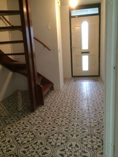 Portuguese tiles, cement tiles, Moroccan Zelliges, Azulejos and Mosaic Tiles. Own production 15 000 handmade tiles in stock, expert advice Painting Patterns, Tile Patterns, Mudroom, Pop Up, Tile Floor, Tiles, Mirror, Design, House