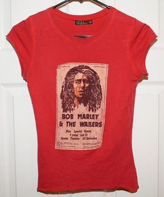 Bob Marley and the Wailers Catch A Fire Graphic Tee Shirt Woman's Size Small