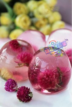 Like this Jelly!! And YES~ its jelly!! like a crystal with flower inside~