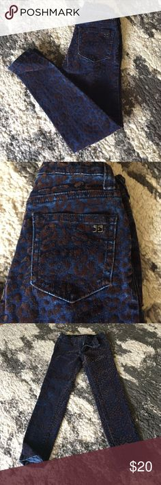 Joe's Jeans Velour Leopard Print Jeans size 6x Crew Cuts Toothpick Corduroy Skinny size 6 retail $68 EUC worn once! Super cute skinny jean with velour leopard print detail. Joe's Jeans Bottoms Jeans