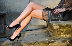 Click #HighHeels In Advance
