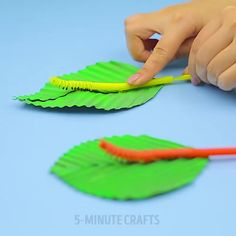 "10.1k Likes, 124 Comments - 5-Minute Crafts (@5.min.crafts) on Instagram: ""How to make a cute moving caterpillar from straws. #5minutecrafts #caterpillar #straws #diy…"""