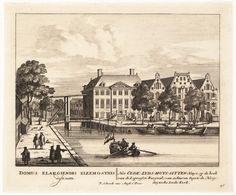 Gezicht vanaf het huidige Waterlooplein op het Oudezijds Huiszittenhuis met daarnaast het arsenaal en daarachter de hoogduitse Grote Synagoge.  Schenk, Petrus (?) Eberfeld, 1661, Duitsland, 1715 (ca.)